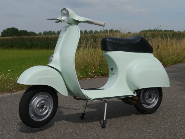 Vespa 50 N - top RESTAURATIE